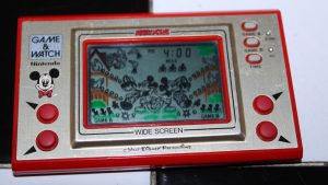 Egg- Mickey Mouse (1981, LCD, 2 LR/SR44 Batteries, Model#MC-25)